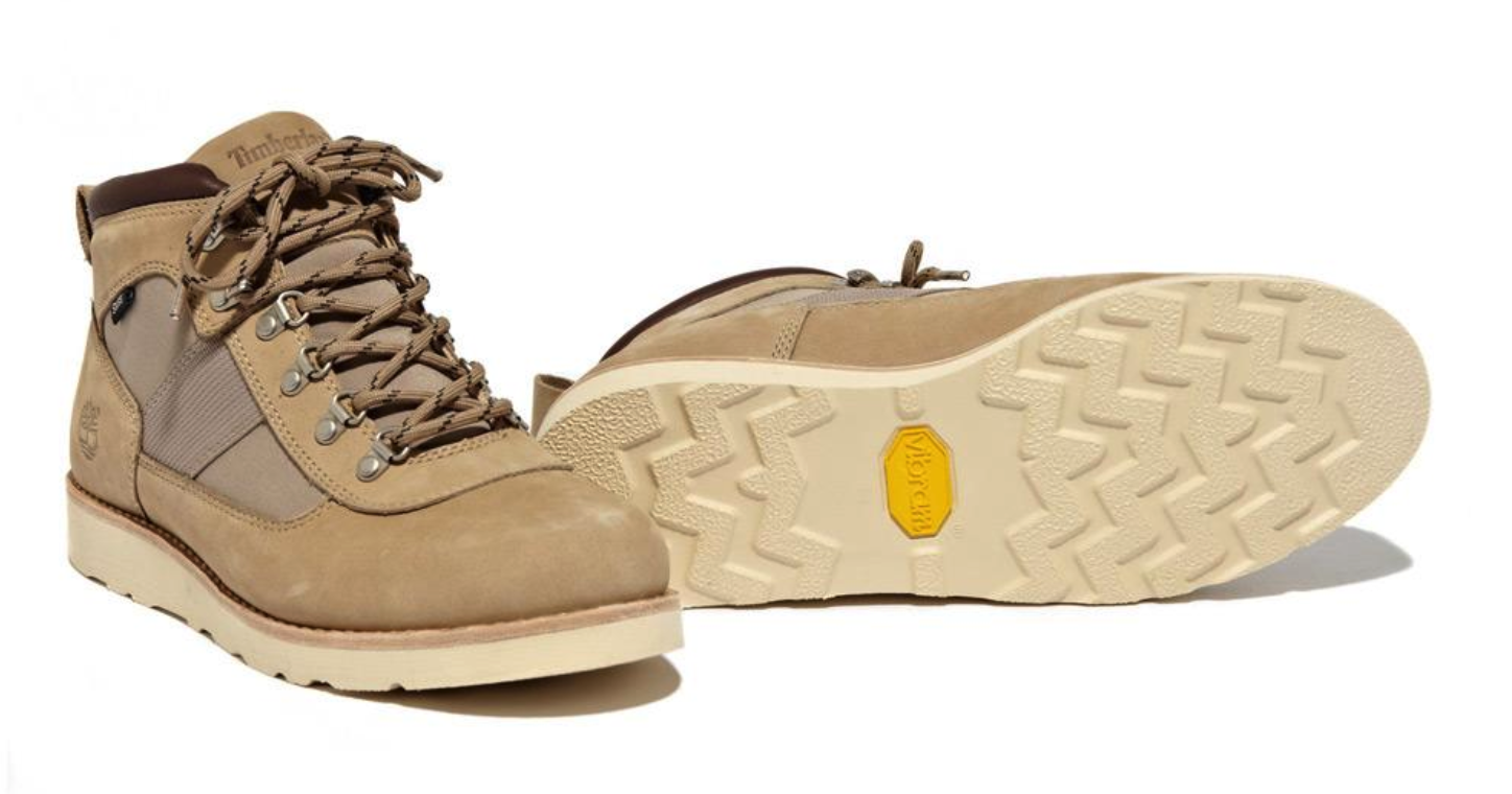 stussy:timb_deluxe_field_boot_2012_tan